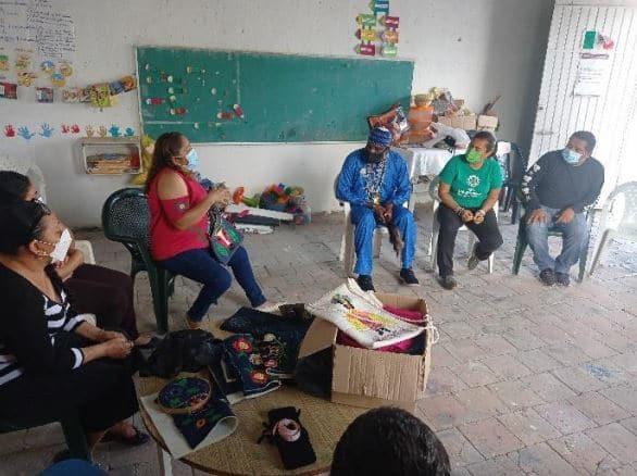 Reunión entre el Dr. Soh Tuma y el grupo Raíces de Mujeres Bordadoras Afromexicanas